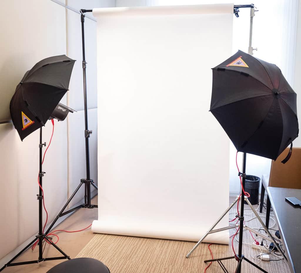 Studio photos entreprise  AE image FAQ portrait 2 1024x449